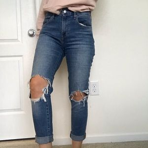 Levi's 721 distressed high rise
